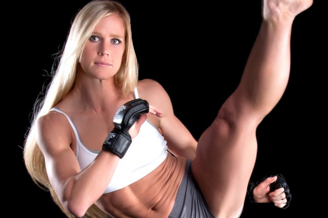 holly-holm-high-kick1